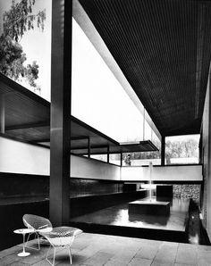 Casa Habitación 1965 Paseo de la Reforma. México, D.F. Arq. Ricardo Flores Villasana -  http://form9.tumblr.com/page/12