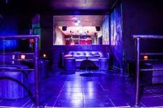 LOLITA Bar & Disco se encuentra sobre la Avenida Niceto Vega, una de las principales arterias de Palermo, donde confluyen varios de los mas importantes bares, restaurantes y discotecas de Capital Federal. Bar Cena Show Karaoke para hacer la previa con amigos, reservar un sector de sillones o vip. Reservas o consultas via WhatsApp: 155-183-0317