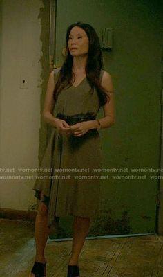 84624805750e Elementary  Season 5 Episode 2 Fashion at WornOnTV.net