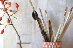 Brushes and hip. October love. ( www.aabrink.dk )