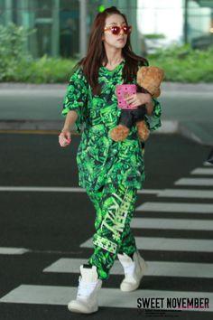 Dara #2NE1inMyanmar