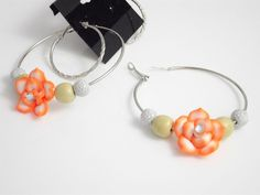 Women Fashion Handmade Silver-tone Earrings with Orange and White Flower #AccessoryOverload #Hoop