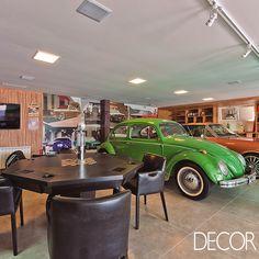 Oficina, área de jogos, garagem e palco em um só espaço. Leia mais: www.revistadecor.com.br