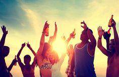Wo es sich am besten feiern lässt: http://blog.hotelplan.ch/party-den-ganzen-tag-wo-es-sich-am-besten-feiern-laesst/
