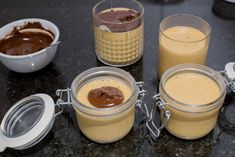 Manjarate hecho en casa | En Mi Cocina Hoy Chilean Desserts, Chilean Recipes, Mousse, Chocolate Covered, Panna Cotta, Deserts, Food And Drink, Pudding, Homemade