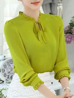 Best 12 Round Neck Patchwork See Through Plain Puff Sleeve Blouses Round Neck Pa… – Outfits for Work Best 12 Round Neck Patchwork See Through Plain Puff Sleeve Blouses Round Neck Pa… Kurti Sleeves Design, Kurta Neck Design, Sleeves Designs For Dresses, Dress Neck Designs, Sleeve Designs, Blouse Designs, Hijab Fashion, Fashion Dresses, Iranian Women Fashion
