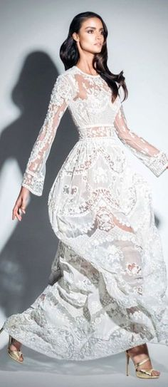 11/30/15 Absolutley in love with the elegance of white and the youth of the crochet.  Zuhair Murad SS 2015 Ad