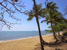 What's the weather like today where you are? Hate to brag but..............www.roydon.com.au #trinitybeach #cairns