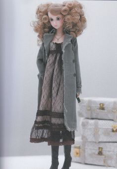 Momoko 27cm doll 1 Trench Long Coat AND 2 Tulle von DollyAndPaws