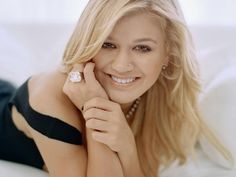 Kelly Clarkson - 1st and best American Idol - hands down