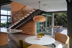 Seattle-based studio E. Cobb Architects has designed the Graham Residence. Located in Mercer Island, Washington, this amazing contemporary house was completed in Modern Lodge, Modern Lake House, Modern Houses, Contemporary Interior Design, Interior Modern, Modern Architecture House, Interior Architecture, Decoration, Great Rooms