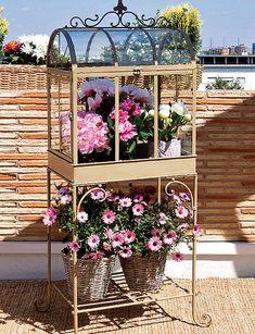 detalles terraza - Llena de vida - Muebles terraza - Decoracion interiores - Interiores, Ambientes, Baños, Cocinas, Dormitorios y habitaciones - CASADIEZ.ES