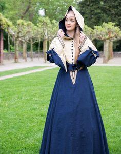 KOSTÜMTRUHE | Verkauf & Versandhandel, mittelalterliche Kleidung, Kostüme & Gewandungen, Zubehör aus Ritterzeit und Piratentum - Mittelalterkleid Duchesse braun