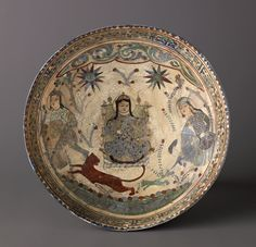 """Bowl, Minai'i (""""enameled"""") ware. Date: late 12th–early 13th century. Culture: Iranian. Medium: Minai'i ware. Fritware, stain-and overglaze-painted, and gilded."""