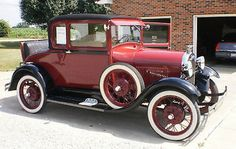 Ford : Model A 2 door sport coupe 1928 Ford Model A Sport Coupe with Rumble Seat - http://www.legendaryfind.com/carsforsale/ford-model-a-2-door-sport-coupe-1928-ford-model-a-sport-coupe-with-rumble-seat-2/