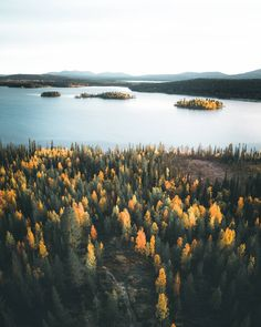 Magnificent Landscape Photography in Finland by Jukka Paakkinen - Landschaftsbau Sky Landscape, Landscape Drawings, Fantasy Landscape, Cool Landscapes, Landscape Photos, Beautiful Landscapes, Beautiful Landscape Photography, Nature Photography, Photography Ideas