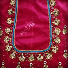 Kids Blouse Designs, Simple Blouse Designs, Saree Blouse Neck Designs, Bridal Blouse Designs, Simple Designs, Zardosi Embroidery, Embroidery Stitches, Henna Tattoo Hand, Maggam Works