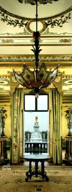 ❇Téa Tosh❇ Buckingham Palace