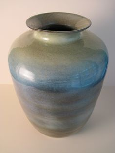 Large Thrown Vase by Alison Nieber