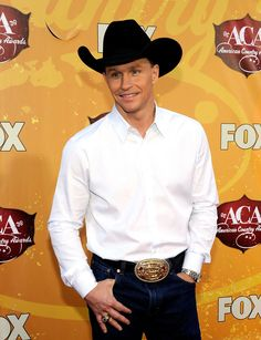 Ty Murray He is my favorite all time PBR rider. Love his sense of humor.