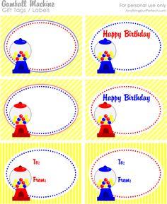 ces étiquettes sont disponibles en deux couleurs et trois versions : étiquettes cadeau, pour anniversaire et vierges...