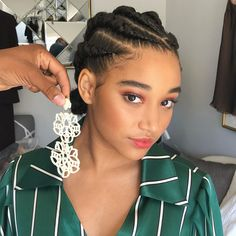 Searching for new Braid Hairstyles With Weave 2020 to patch up your hair game this season? Braid Hairstyles With Weave 2020 are a compelling pattern that New Braided Hairstyles, Box Braids Hairstyles, Protective Hairstyles, Black Women Hairstyles, Braided Ponytail, Protective Styles, Curly Hair Styles, Natural Hair Styles, Pelo Afro