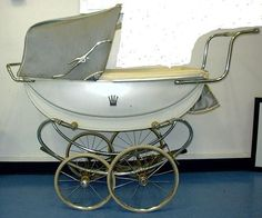 VINTAGE STROLLER my favourite perambulator,I love this