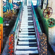 Piano Steps in Santiago, Chile Ushuaia, Places To Travel, Places To See, Chili, South America Travel, To Infinity And Beyond, Adventure Is Out There, World Heritage Sites, Wonders Of The World