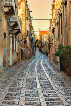 Erice-Sicily: a very beautiful street