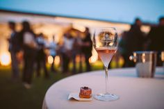 Wine and food pairing: aperitivo Pop by chef Davide Oldani featuring Berlucchi Franciacorta 61 Rosé. #BerlucchiMood