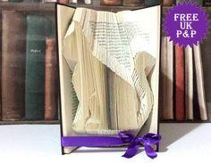 Regalo de amante gato, arte del libro plegado, personalizar colores, regalo original cat lady gastos de envío gratis Reino Unido de SazelGifts en Etsy https://www.etsy.com/es/listing/253579029/regalo-de-amante-gato-arte-del-libro