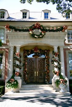 IMG_0047 by bakerdesigngroup, via Flickr #Holiday #Christmas #Home #Interior #Design #Decor ༺༺  ❤ ℭƘ ༻༻