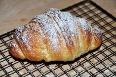 La Ricetta dei Croissant (Cornetti) Sfogliati Fatti in Casa