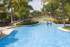 resort swimming  pool puerto morelos