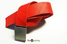 Gürtel aus Feuerwehrschlauch rot   UPCYCLING & DIY Accessories, Fashion, Repurpose, Red, Moda, Fashion Styles, Fashion Illustrations, Jewelry Accessories