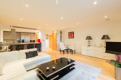 2 Beds Flat For Sale in Lensbury Avenue, Fulham, SW6