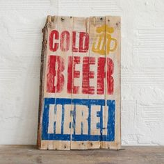 BEER Vintage Wood Sign handpainted for lovers of vintage - retrò decor. http://ferro29.com