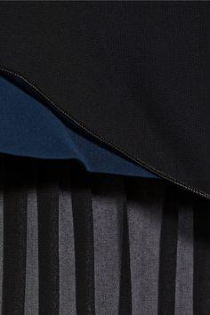 Schwarzer Chiffon, sturmblauer Voile Verdeckter Reißverschluss hinten 100 % Polyester Trockenreinigung