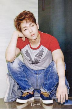 Onew | High Cut Vol. 156 September Issue '15