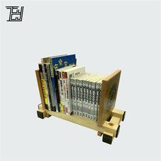 【EDMUND YIP桌上調節式書架-S17】  特別設計,可因應書籍數量而調節出合適的寬度。  www.edmundyip.com