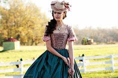 vestidos antiguos katherine pierce - Buscar con Google