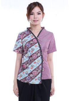 Blouse Batik, Batik Dress, Floral Blouse, Spa Uniform, Batik Fashion, Kebaya, Model, How To Wear, Blouses