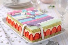 &Encore une recette de fraisier!!!!&, je vous entends d'ici. Il y a déjà 6 ans, au début de mon blog, je vous avais mis la recette du fraisier de chez Demarle ici et beaucoup d'entre vous s'en sont inspirés. Et je revients cette fois avec une recette...
