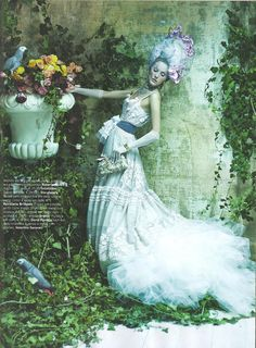 pedro ferreira for vogue portugal Color Photography, Editorial Photography, Fashion Photography, Vogue Portugal, Fairytale Fashion, Vogue Magazine, Silk Flowers, Fashion Beauty, Queen Fashion