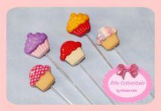 Toppers Botões de Cupcakes | Arte Customizada by Priscila Kato | Elo7