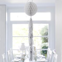 This stunning white and silver honeycomb hanging-decoration features fun hanging tassels for extra effect. Perfect for bridal showers, baby showers, or Frozen parties. Brand new to our best selling Decadent Decs collection by Talking Tables. Afternoon Tea Party Decorations, Garden Party Decorations, Ball Decorations, Baby Shower Decorations, Tropical Napkins, Afternoon Tea At Home, Honeycomb Decorations, Bachelorette Party Supplies, Fairy Lights