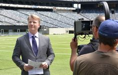 A Super View from the Booth with Phil Simms | @bigelowtea