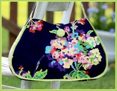 The Erica Bag PDF Sewing Pattern by artsycraftybabe on Etsy Bag Patterns To Sew, Pdf Sewing Patterns, Thing 1, Floral Bags, Couture, Small Bags, Bag Making, Purses And Bags, Sewing Projects