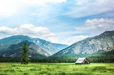 The Last Best Place. Montana. Old Barn. Homestead. North 40 Outfitters - Photography