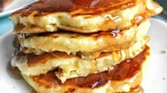Old Fashioned Pancakes Recipe Make delicious, fluffy pancakes from scratch. This recipe uses 7 ingredients you probably already have.Make delicious, fluffy pancakes from scratch. This recipe uses 7 ingredients you probably already have. Breakfast Casserole, Breakfast Recipes, Pancake Recipes, Butter Pancake Recipe, Brunch Recipes, Salsa Morita, Smoothies, Pancakes From Scratch, Cuisine Diverse